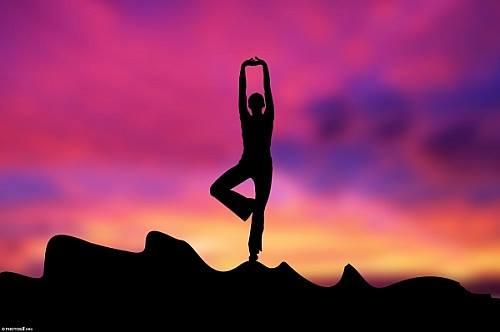 Mercoledì 6 Aprile, lezione aperta di Hata Yoga.